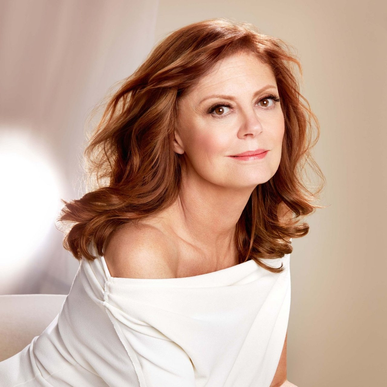 beauty-2016-01-susan-sarandon-loreal-main